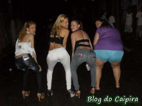meninas mostrando a bunda